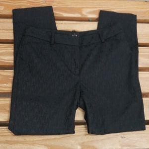 ❤WHITE HOUSE BLACK MARKET SLIM ANKLE PANTS, size 4
